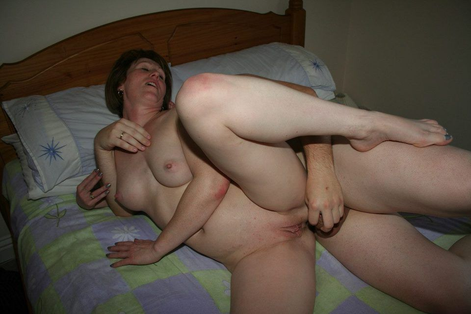 sister seduces her brother